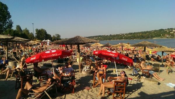 EXIT_Beach_4148